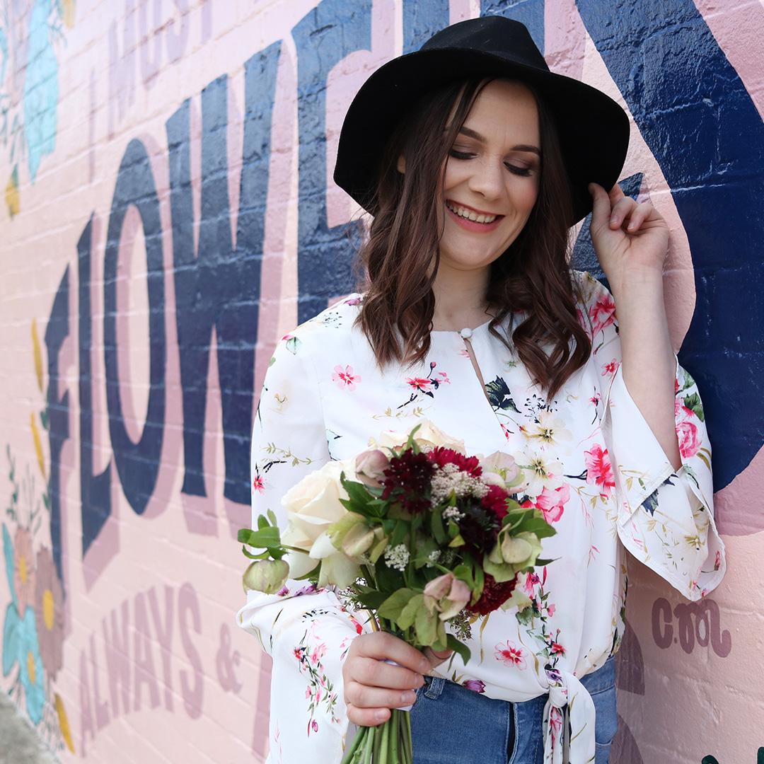 Wedding celebrant in Melbourne, Lover of flowers